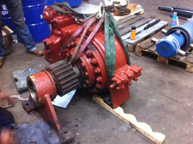 Repair of hydraulic motor